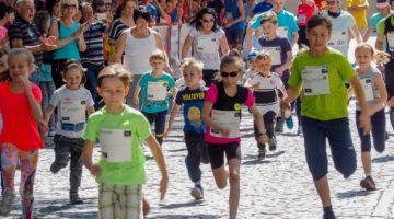 Běh pro Paměť národa završí koncert Adama Mišíka, Registr očekává 100 000. zápis mezi dárce kostní dřeně